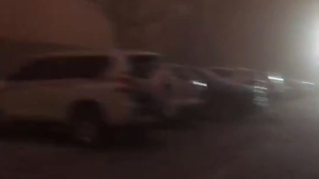 新疆巴楚27日傍晚特大沙尘暴  不敢外出