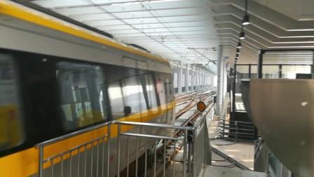 南京地铁s9号线(007008)高淳折返。