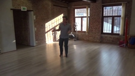 Lindy hop _ triple steps exercices with music