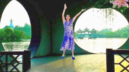 木兰原创广场舞征集《我听过你的歌》附背面分解教学