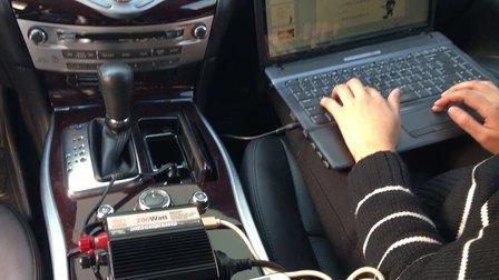 逆变器外贸品牌厂家汉丰THA200W逆变器带笔记本和手机充电操作视频