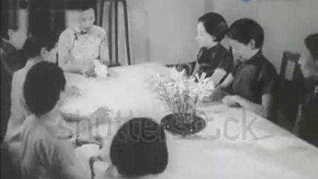 罕见黑白视频: 宋美龄鼓励妇女参加抗日讲话, 声音清晰亲切