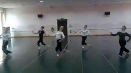 武汉音乐学院舞蹈系-09蒙古舞组合_标清