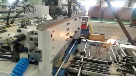 纸抽盒贴窗 HT1100TC 11000s/h 高速贴窗机