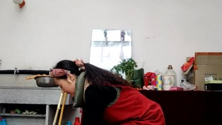 video_20180214_104701  生活记录片 打扫卫生 听音乐  哈哈