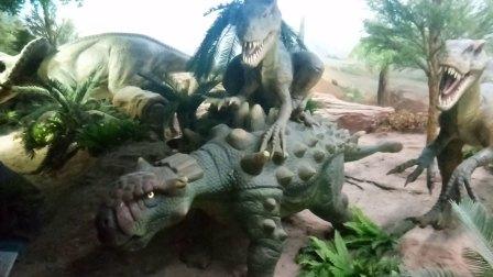 自然博物馆_恐龙馆