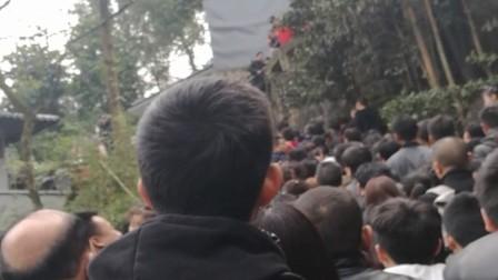10岁11个月 康辉四川重庆白公馆遗址春节游览