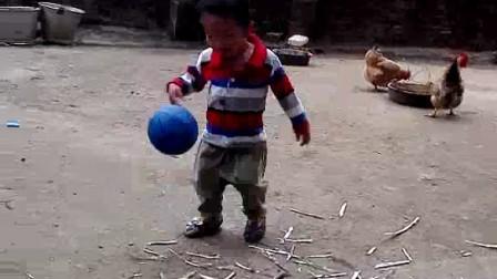 莫子敬玩球