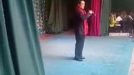 唐喜成亲传弟子冯振庭清唱南阳关