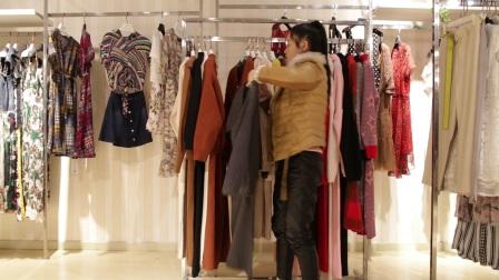 精品女装批发服装批发时尚春秋冬款女士长袖毛衣两件套20套起批,可挑款零售混批