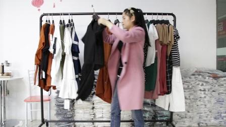 精品女装批发服装批发女士时尚夏款女士精品两件套30套起批,可挑款零售混批