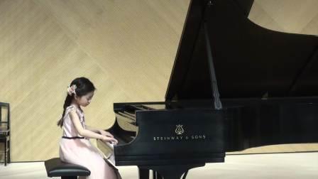7岁Jessica Wang plays March BWV 122 by Bach
