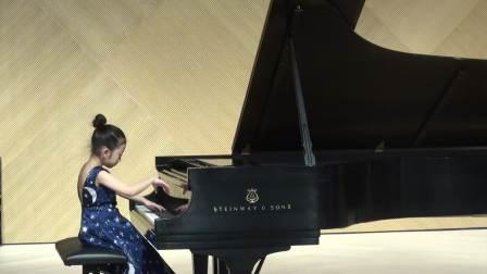 7岁Chloe Sun plays Suite for Children by Ding