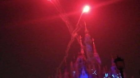 上海迪士尼夜光幻影烟花大秀