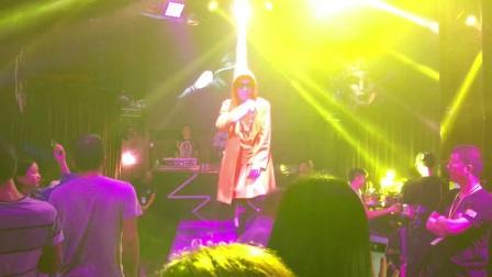 嘻哈歌手Lee20180505
