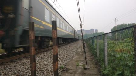 客车K390成都-福州本务HXD3C0429