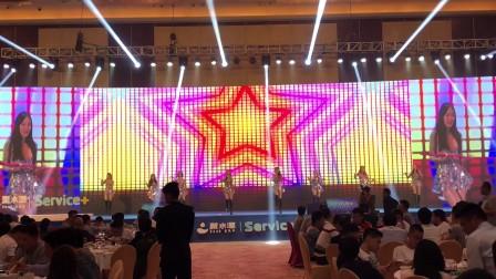 广州鼓舞倾城艺术团 百老汇棍子舞