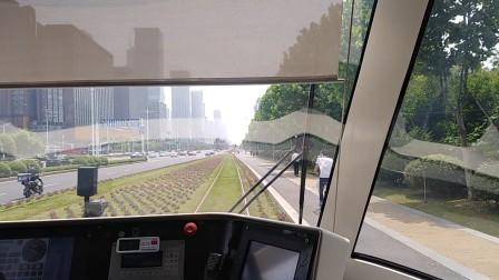 南京河西有轨电车,奥体东至富春江西街。