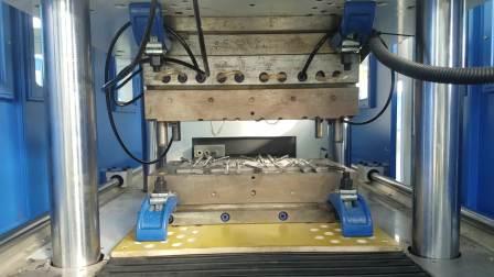 导尿管生产设备产品是现场试模