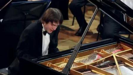 Daniil Trifonov, Valery Gergiev and Vienna Philharmonic Orchestra - Tchaikovsky