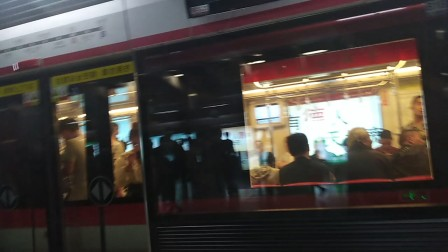 (延迟)南京地铁二号线(055056)出明故宫站。