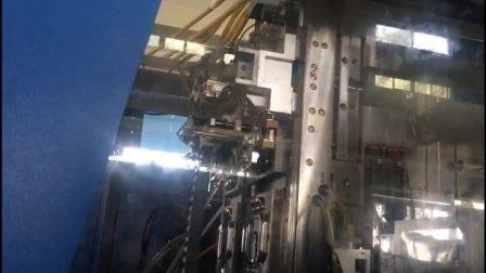 PMC机械手模内多色插件注塑.模内机械手