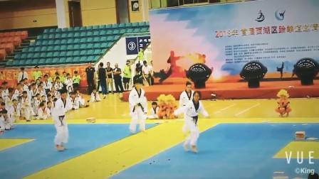2018年首届西湖区跆拳道邀请赛开幕式表演片段3