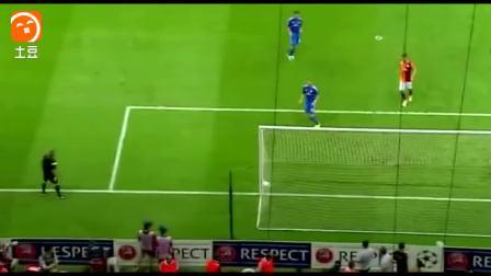 天之骄子  C罗生涯10大天外飞仙进球, 不愧是比肩梅西的球王