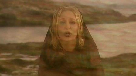 Petra Berger - Close Your Eyes