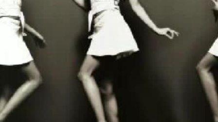 韩国自杀女歌手unee纪念视频