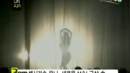 韩国已故美女歌手unee 日本行(2)