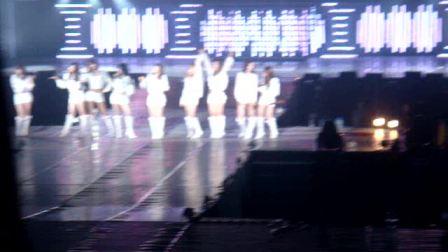 少女时代上海演唱会节选(绝对高清!自拍的!)