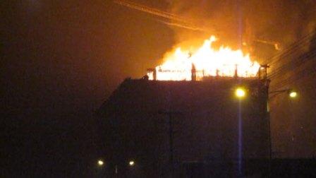 20100924 傍晚 枣庄薛城东方之润大酒店在建主楼大火