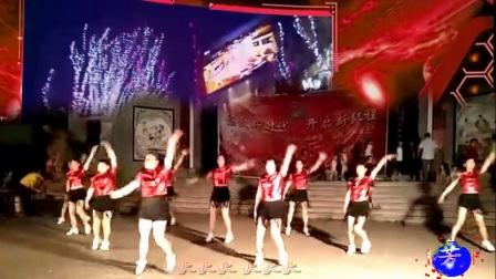 遂川卜村芳芳舞蹈队队形舞《DJ火火中国梦串烧》