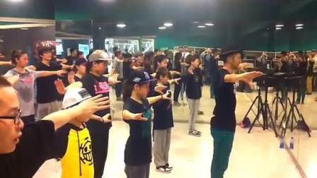 Rhythm Force特别课堂 普开老思带来纯真新疆舞