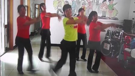 沈北新区喜洋洋广场舞-独爱一枝花-表演喜洋洋舞蹈队OK.mp4