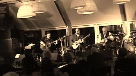 Republic Guitars丽声吉他演奏分享 Resonator instruments trio - Guitar, Mandolin & Bass!