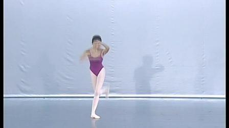 北舞附中古典舞蹈基础基本功示例课女班3年级第1学期3 把下训练