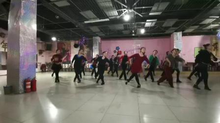 山西舞韵舞蹈队上课形体练习燕飞舞