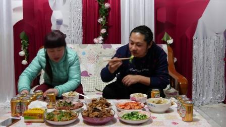 年夜饭朱坤声称:一年到头这一餐是最好的,味道好极了