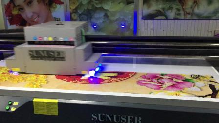 南京上优泽UV平板打印机大幅面背景墙打印