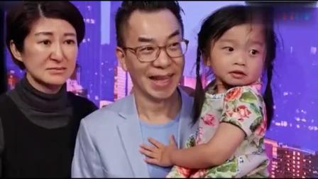 华裔小姑娘在美国舞台深情演唱我心永恒, 全场轰动