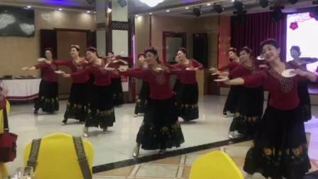 《新疆舞一盘子舞》石河子郭秀华老师学员汇报演出