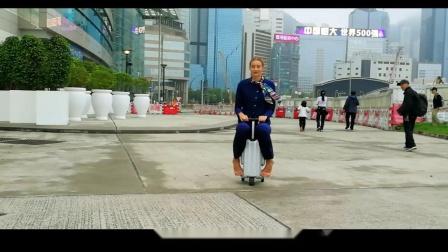 爱尔威 airwheel SE3 mini 骑行行李箱