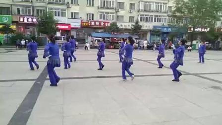(站着等你三千年)金色阳光舞蹈队演示