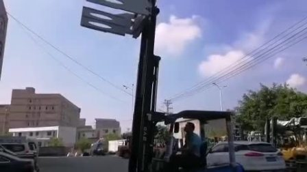 永新昌比亚迪叉车发车前调试