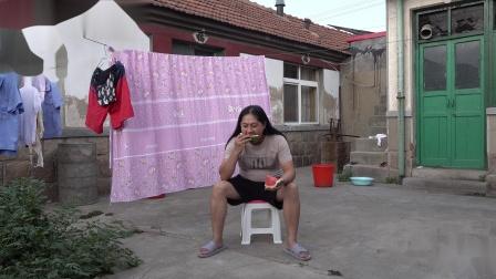 朱坤 吃西瓜