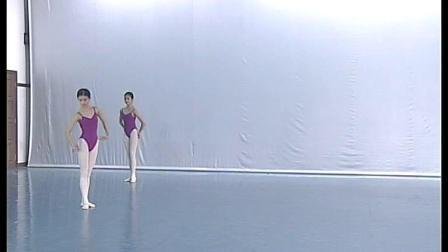 北舞附中古典舞蹈基础基本功示例课女班3年级第1学期5 串翻身训练