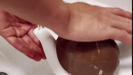 入手了这个可爱卡通的蜗牛洗手液分装盒,洗手比吃饭还勤快