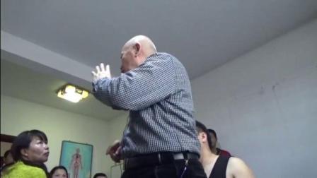 中医正骨视频-黄炳荣手法治疗肩关节脱位
